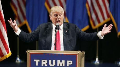 "Dinh tin don ne thue, ""don"" giang manh voi Donald Trump - Anh 1"