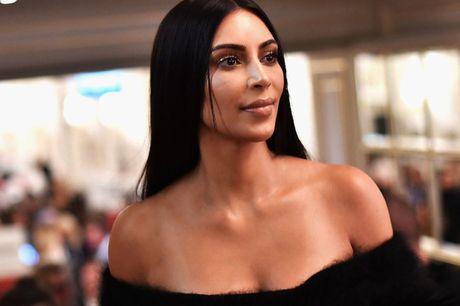 Canh sat nghi ngo ve si cua Kim Kardashian da thong dong voi bon cuop - Anh 1