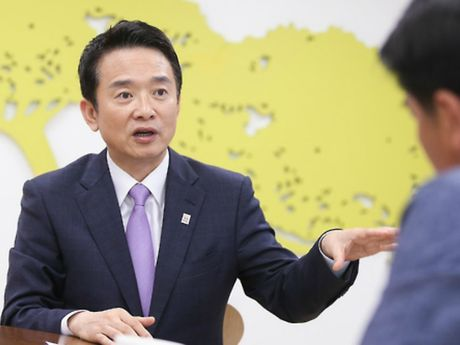 Chinh tri gia Han Quoc doi trang bi vu khi hat nhan - Anh 1