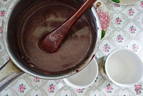 Mat troi tu lam chocolate nong nham nhi ly cho ngay moi day nang luong - Anh 4