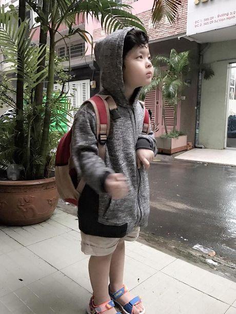 """""""Soi"""" nhat cu nhat dong cua sao Viet (3/10) - Anh 3"""