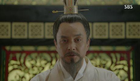 Khan gia sot ruot vi IU mai van chua yeu Lee Jun Ki - Anh 1
