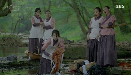 Khan gia sot ruot vi IU mai van chua yeu Lee Jun Ki - Anh 4