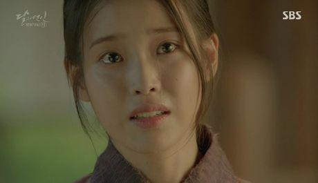 Khan gia sot ruot vi IU mai van chua yeu Lee Jun Ki - Anh 6