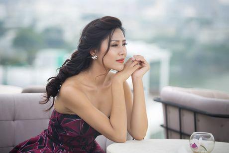 Nguyen Loan khoe ve sexy truoc ngay sang My thi hoa hau - Anh 3