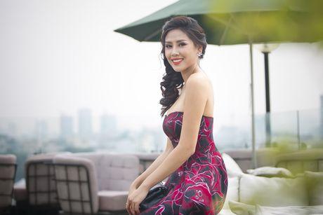 Nguyen Loan khoe ve sexy truoc ngay sang My thi hoa hau - Anh 5