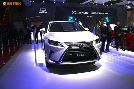 Gian hang 'xe sang' cua Lexus Viet Nam tai VMS 2016 - Anh 6
