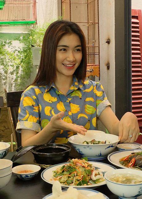 Cuoc song cua Hoa Minzy khi chia tay Cong Phuong - Anh 3