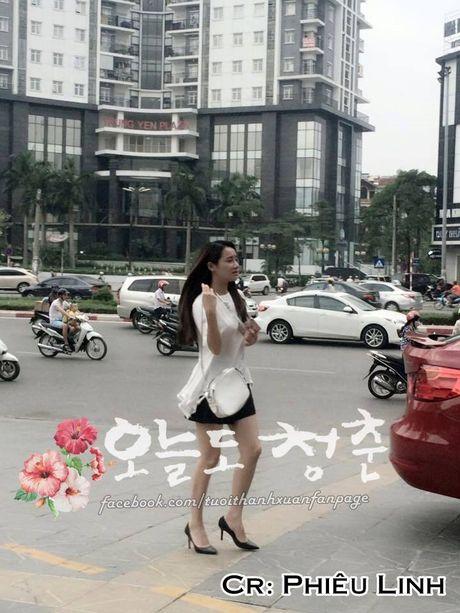 """Kang Tae Oh om cham Nha Phuong truoc mat """"ke thu ba"""" Manh Truong - Anh 5"""