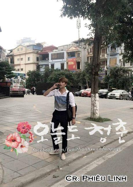 """Kang Tae Oh om cham Nha Phuong truoc mat """"ke thu ba"""" Manh Truong - Anh 9"""