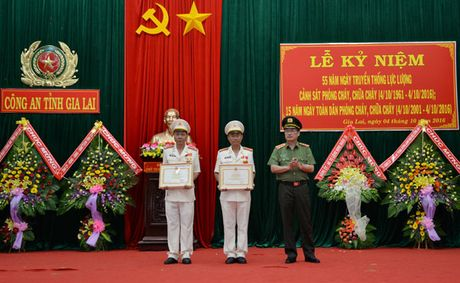 Cong an tinh Gia Lai to chuc le ky niem 55 nam thanh lap luc luong PCCC - Anh 3