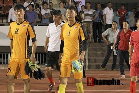 "Trieu Tien ""giau bai"" o buoi tap truoc tran gap DT Viet Nam - Anh 2"
