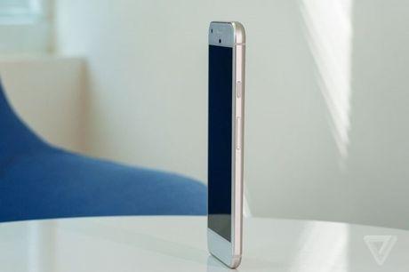 Google gioi thieu smartphone co thiet ke nhu iPhone nhung camera an tuong hon - Anh 2