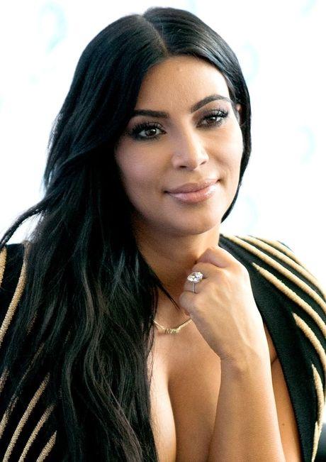 So phan nhan kim cuong tram ty dong bi cuop cua Kim Kardashian - Anh 3