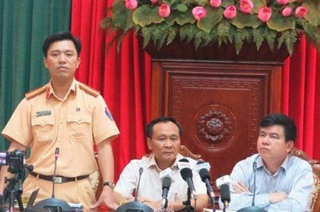 Canh sat giao thong Ha Noi tang cuong xu ly phuong tien cong kenh - Anh 1