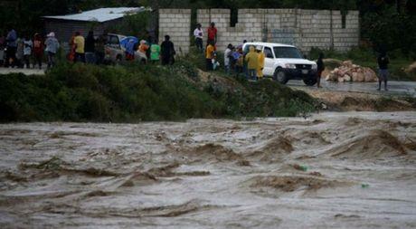 Bao Matthew can quet Haiti, Cuba, dang huong vao My - Anh 4