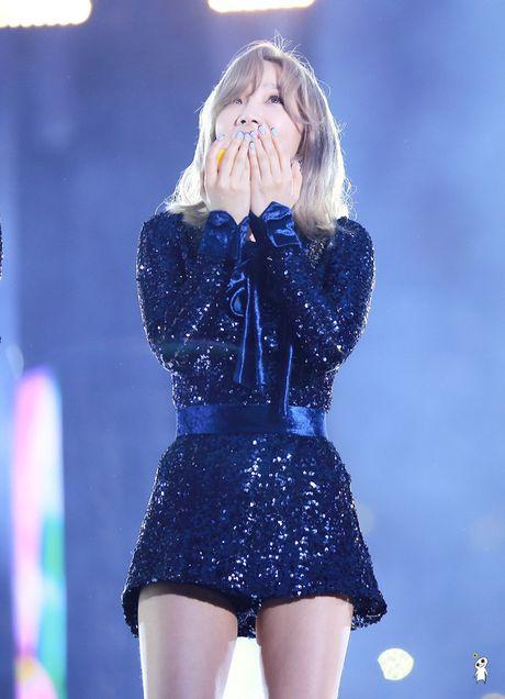 Taeyeon (SNSD) sieu dang yeu khi bi giat minh vi phao hoa - Anh 3