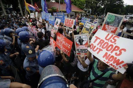 Chinh sach Duterte xoi mon anh huong cua My o bien Dong - Anh 2