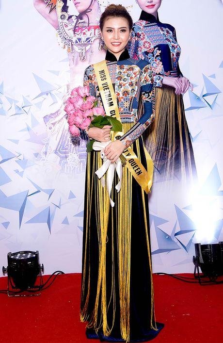 Giai dong Sieu mau VN sang Han Quoc thi nhan sac quoc te - Anh 1