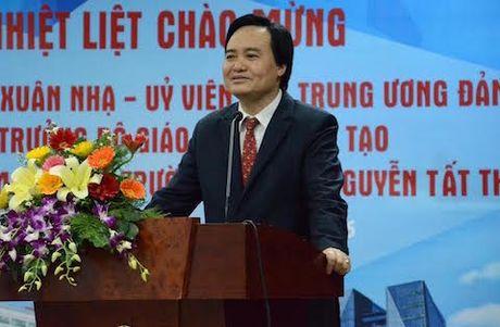 Bo truong Giao duc: Dai hoc khong nhat thiet phai dao tao thac si, tien si - Anh 1