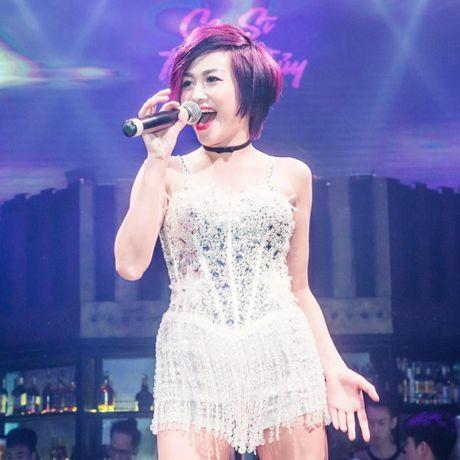 Lo hen len tuyen, Nghiem Xuan Tu cung dan hot girl quay tung Pattaya - Anh 6