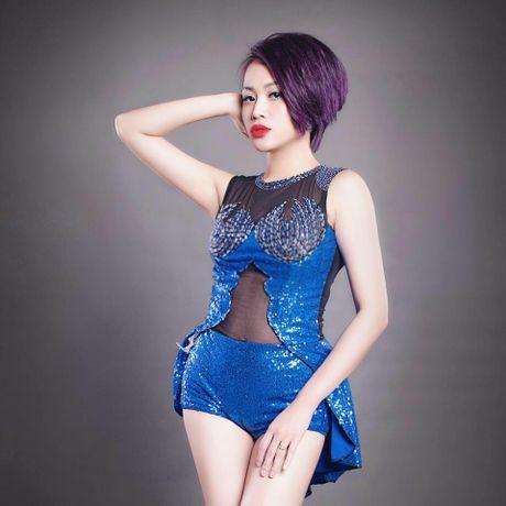 Lo hen len tuyen, Nghiem Xuan Tu cung dan hot girl quay tung Pattaya - Anh 7