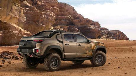 Chevrolet Colorado ZH2 concept - Xe 'tang hinh' cua Quan doi My - Anh 3