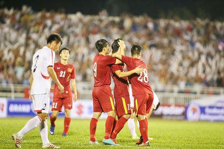 Tuan Anh, Xuan Truong lap sieu pham, HLV Huu Thang van dau dau - Anh 1