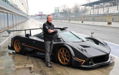 'Cha de' cua sieu xe Pagani Huayra hoa ra la 'fan cuong' cua Porsche - Anh 2
