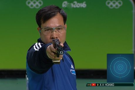 Hoang Xuan Vinh van dung dau the gioi noi dung 10m sung ngan hoi - Anh 1