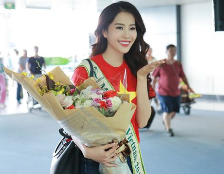 Nam Em mang 150kg hanh ly den Hoa hau Trai dat 2016 - Anh 1