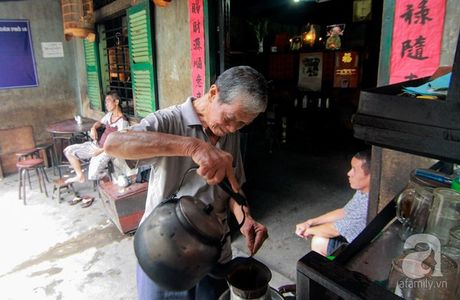 Quan ca phe vot hiem hoi con sot lai tai TP.Ho Chi Minh - Anh 1