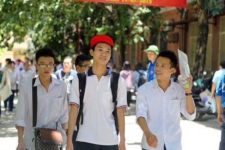 "De thi minh hoa THPT Quoc gia: ""Khong du thoi gian lam 50 cau trac nghiem"" - Anh 1"