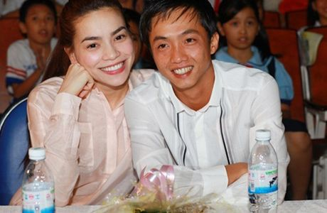 Su that bat ngo khien Ho Ngoc Ha phai so nguoi yeu cu? - Anh 2
