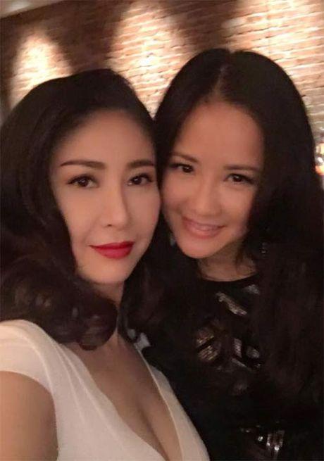 "Khai Anh ""dim hang"" ba xa nhan ngay sinh nhat Dan Le - Anh 12"