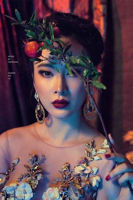 "Khai Anh ""dim hang"" ba xa nhan ngay sinh nhat Dan Le - Anh 13"