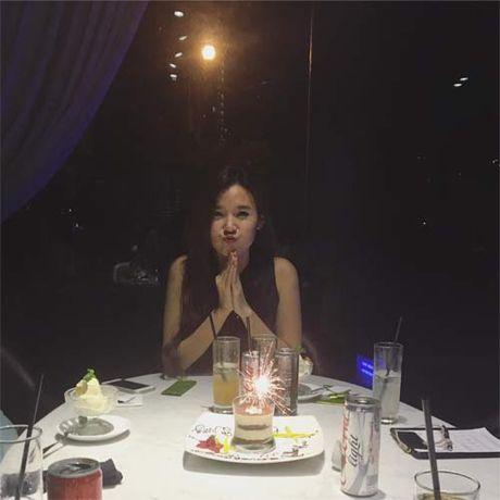 "Khai Anh ""dim hang"" ba xa nhan ngay sinh nhat Dan Le - Anh 8"