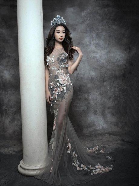 Hoa hau Do My Linh yeu kieu nhung day ma mi trong bo hinh moi - Anh 7