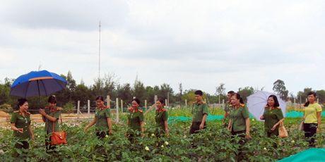 "Cong doan Tong cuc Chinh tri CAND ""ve nguon"" tai Quang Nam - Anh 2"