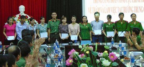 "Cong doan Tong cuc Chinh tri CAND ""ve nguon"" tai Quang Nam - Anh 4"