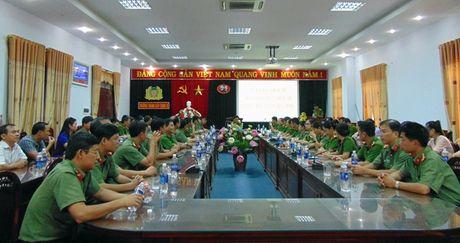 "Cong doan Tong cuc Chinh tri CAND ""ve nguon"" tai Quang Nam - Anh 8"