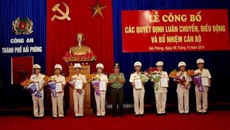 Khen thuong cac don vi thuoc Cong an Hai Phong co thanh tich xuat sac - Anh 2