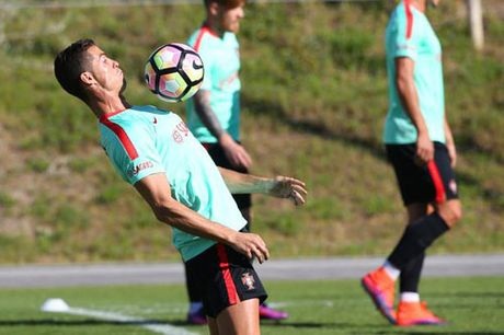 Ronaldo la van de lon nhat cua Real - Anh 1