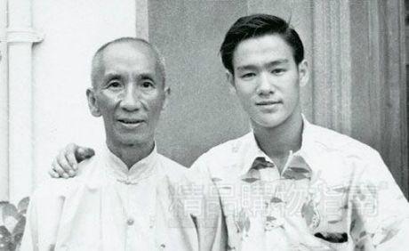 Bac thay vo Viet lam Diep Van, Ly Tieu Long phai phuc - Anh 3