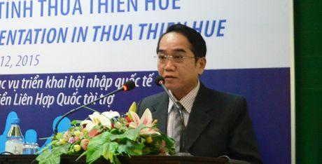 Pho Bi thu Thua Thien-Hue: Se xem lai viec 'ca nha lam quan huyen' - Anh 1