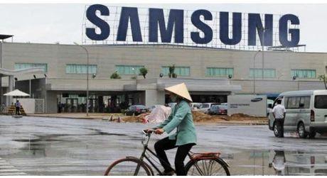 Samsung tao viec lam cho Viet Nam, doi lai chung ta tro thanh thien duong giup tap doan Han Quoc ne vai ti USD tien thue - Anh 1