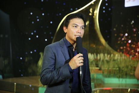 Ca si Manh Quynh tinh tu cung Phi Nhung va ngau hung hat cai luong 'dap le' Quy Binh - Anh 6