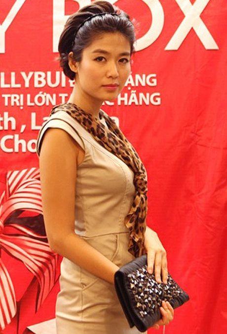 Nhan sac Hoa hau Thu Thuy sau 22 nam dang quang - Anh 8