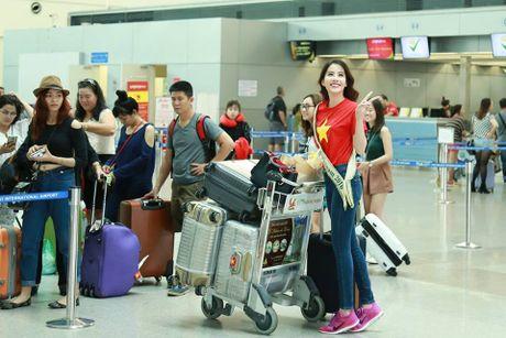 Nam Em tham gia hoat dong dau tien tai Hoa hau Trai dat 2016 - Anh 5