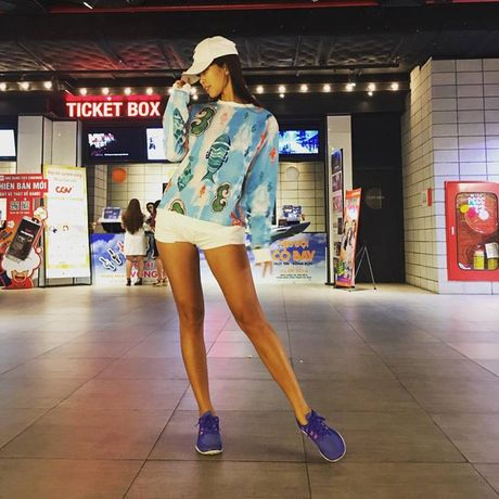 Sao Viet & the gioi co co sexy den may cung chang do duoc cai quan ren cua Kim Kardashian - Anh 14